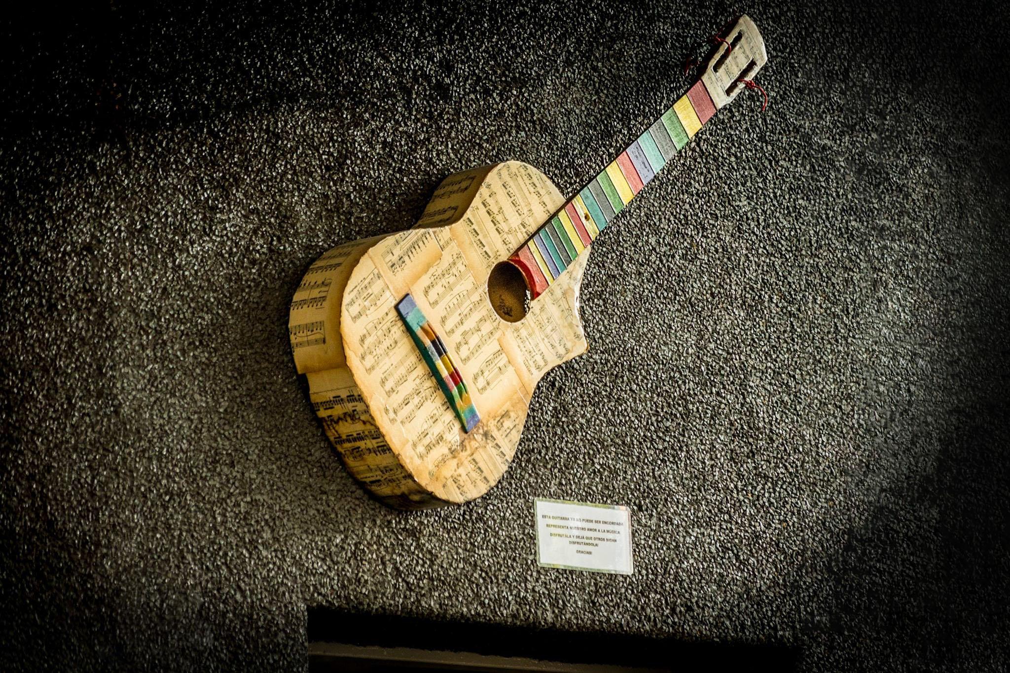 guitarra-casa-del-viento